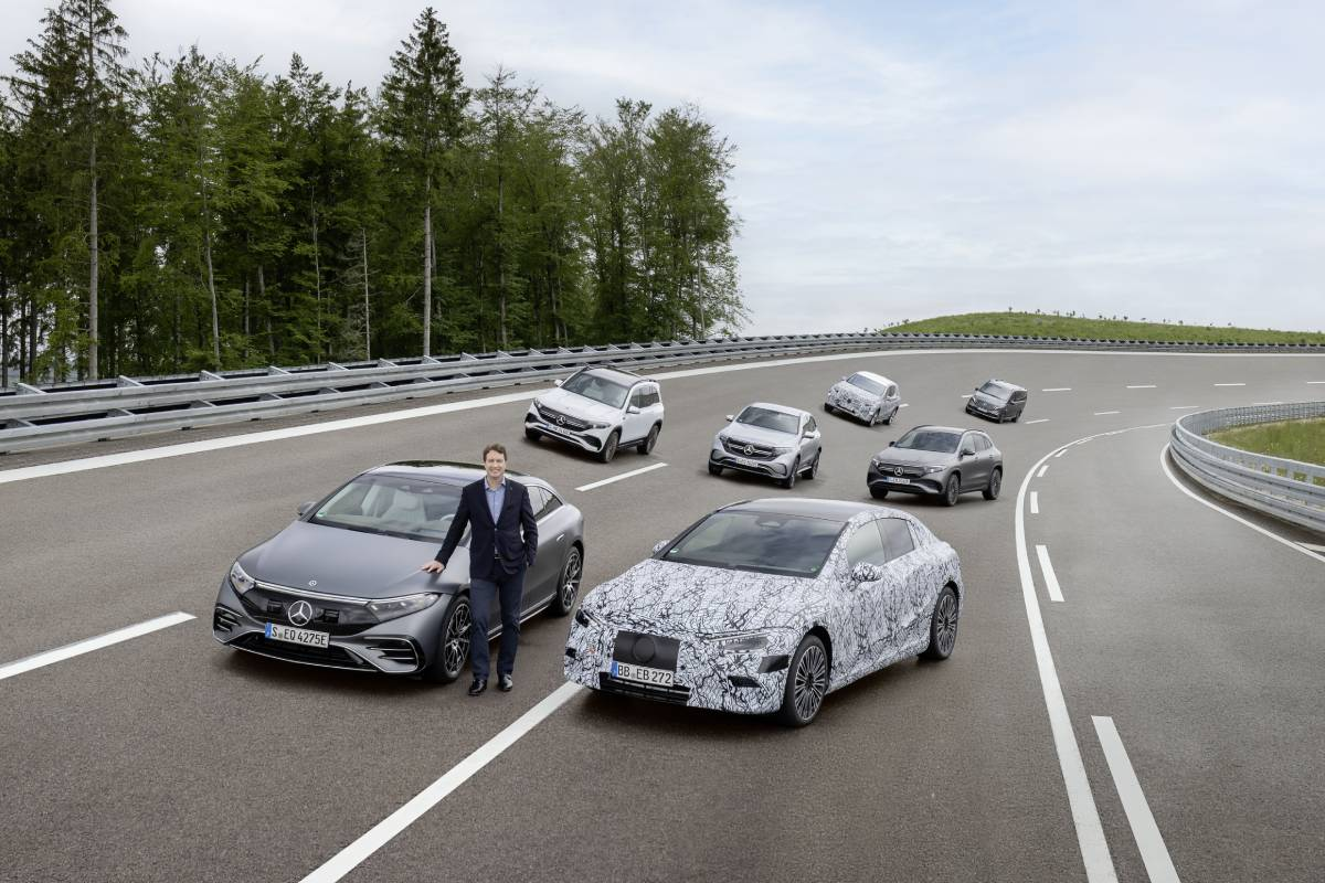 Mercedes-Benz to Go All-Electric by 2025
