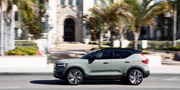 The fully electric Volvo XC40 Recharge has a 75-kWh battery pack that powers a dual-motor...