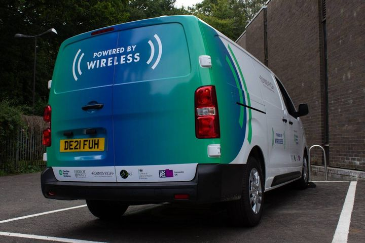 Four vans will be included in the initial trial. Charging pads underneath the vehicle are reported to provide a full charge in under an hour. - Photo:Flexible Power Systems