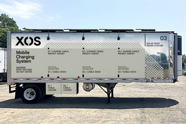 Xos Hub operates as a mobile, deployable energy storage and charging system, providing fleets with flexible charging options with no fixed infrastructure improvements required. - Photo: Xos, Inc.