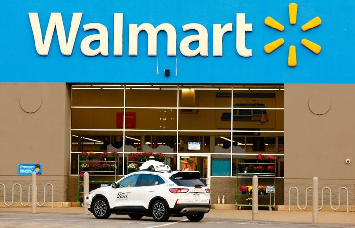 The delivery service for Walmart customers already has plans to expand over time, and initial testing is set to begin later this year. - Photo: Ford