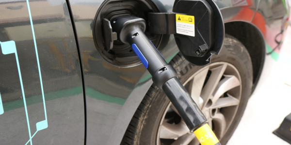 California Bill Would Triple Rebates for Electric Car Buyers