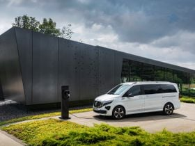 Mercedes-Benz Unveils All-Electric Minivan