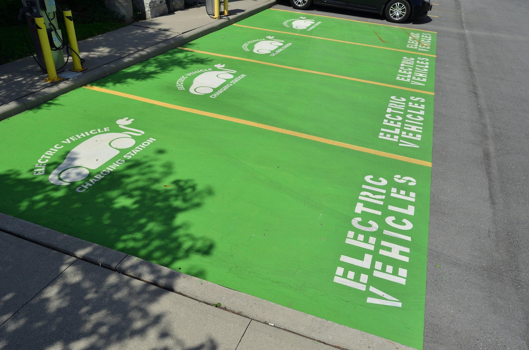 California Could Require EV Charging Stations