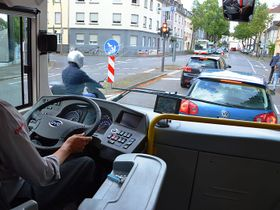 Is Paying Drivers to Allow In-Cab Cameras a Good Idea?