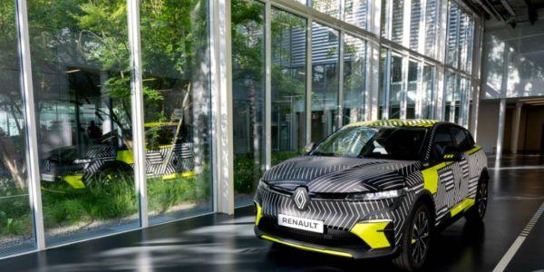 Revealed during Renault eWays: The Challenge towards Zero Emissions, Mégane eVision showcar...