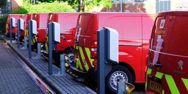 Royal Mail is electrifying its fleet with the addition of 3,000 light commercial vehicles to its...