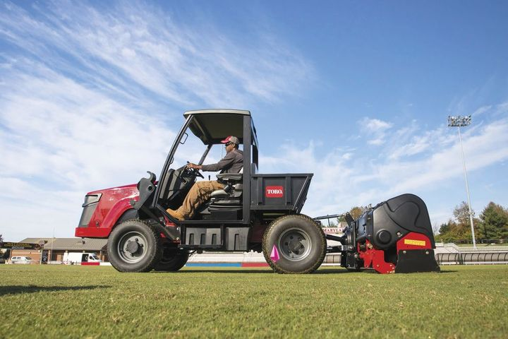 The Outcross 9060 can be used with various attachments to improve machine versatility.