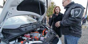 Fleet Sends Techs to School for EV Training