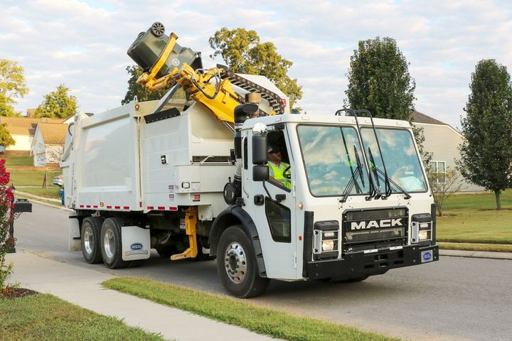 New refuse trucks often have simplified maintenance. For example, Heil's Command-SST Automated Side Loader (ASL) arm has just six lubrication points — about 75% fewer than other arms — making it easier to maintain.  - Photo: Heil