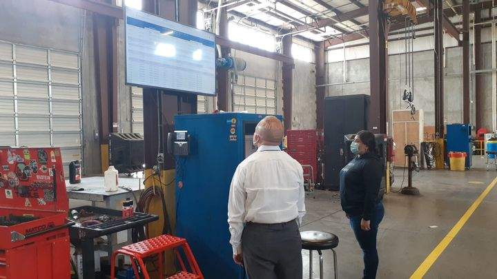 To improve transparency, the status of parts is now displayed by technician name on television screens in the facilities so technicians are kept up-to-date. - Photo:City of Fort Worth, Texas