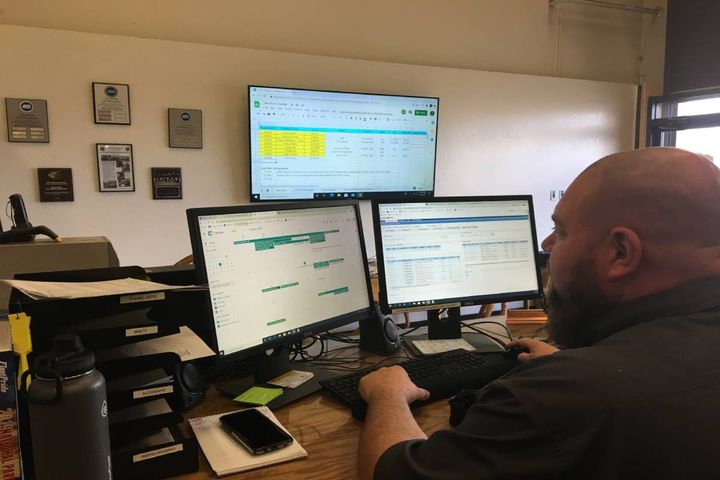 Matthew Lehmeyer, senior equipment service writer for the City of Reno, Nevada, works with Google Sheets and Fleet Focus.  - Photo: City of Reno, Nevada