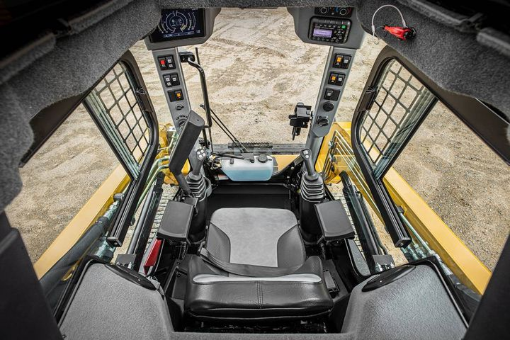 The Max-Series loaders feature improved visibility with more glass area in the cab. - Photo: ASV