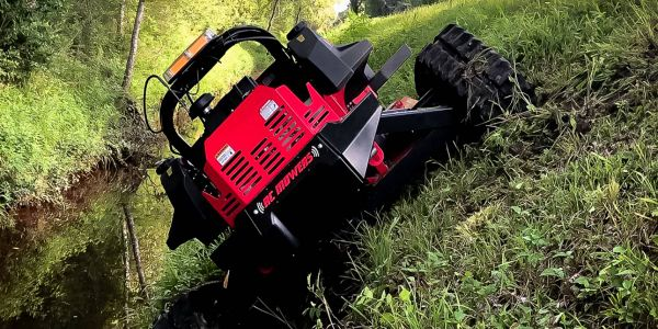 The mower can be used in slopes up to 50 degrees.