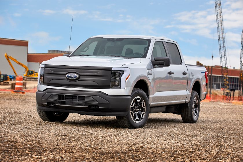 7 Key Features on the Ford F-150 Lighting Pro for Fleets