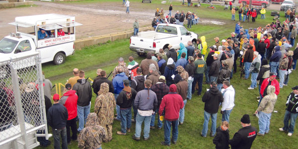 The Minnesota DNR's auction in New Ulm drew 600 bidders.
