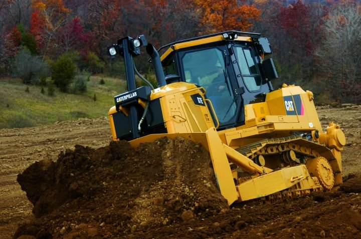 Savings Dug Up with  D7E Dozer