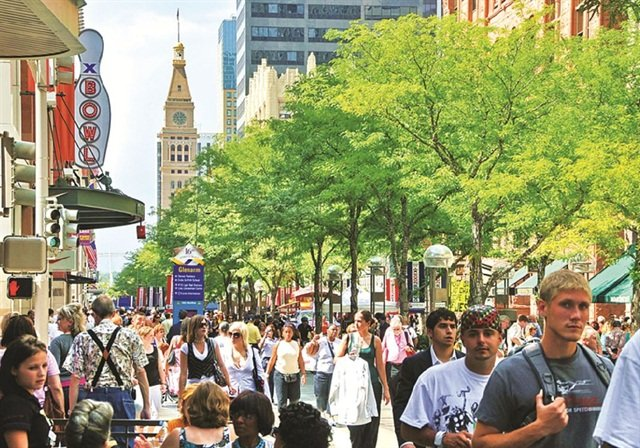 The 16th Street Pedestrian Mall runs through the center of downtown Denver and is lined with cafes, shops, offices, and restaurants.