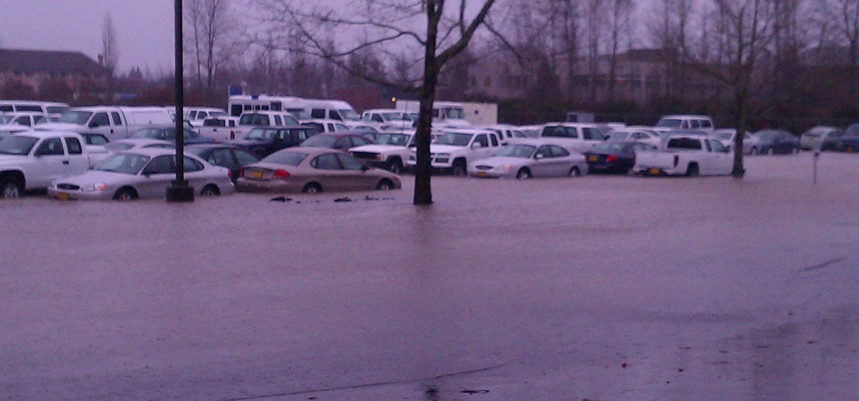 Oregon Focuses on Vehicle Evacuation Following January Flood