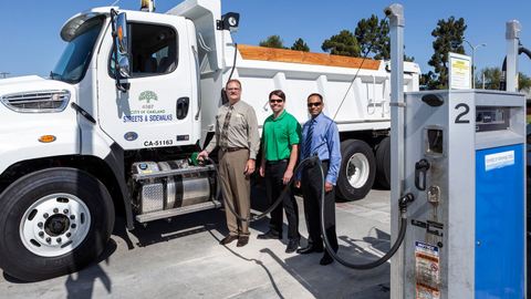 (L-R) Richard Battersby, City of Oakland, Calif.; Pat O'Keefe, Golden Gate Petroleum; and...