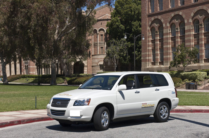 By testing the Toyota FCHV-adv fuel-cell cars, UCLA helps boost awareness for the technology. -