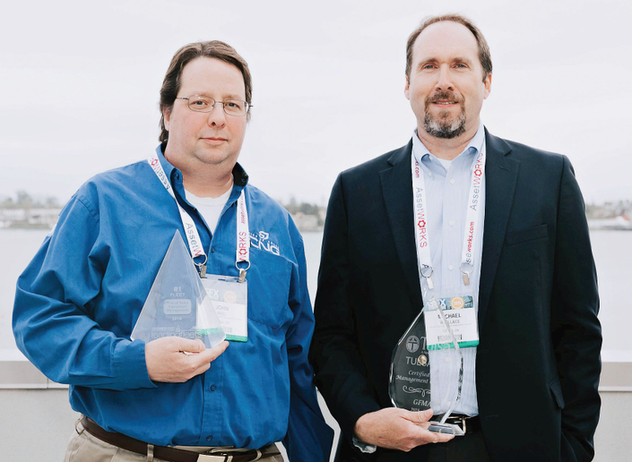 (L-R) John Reel and Mike Wallace were present at the Government Fleet Expo & Conference to accept the No. 1 Leading Fleet award on behalf of the City of Tulsa.