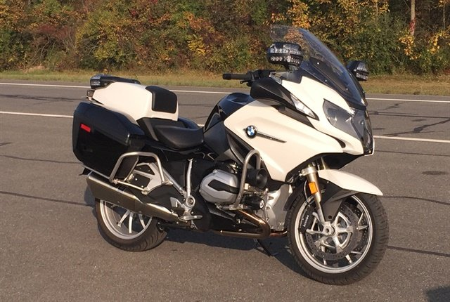 Photo of BMW R 1200 RT-P by Paul Clinton.