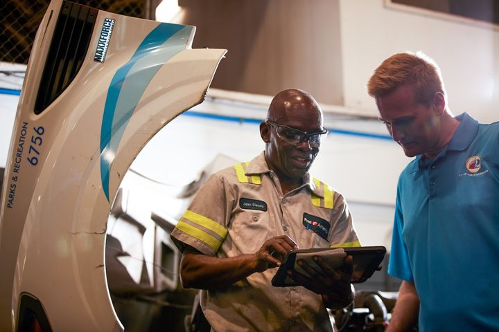 Real-time diagnostic data from the telematics system allowed the City of Fort Lauderdale, Fla., to see engine fault codes and to quickly diagnose maintenance issues.