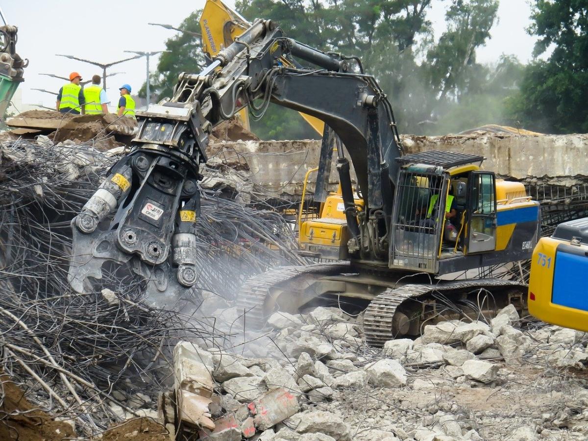 Pa. City Begins Demolition of Destroyed Fleet Garage