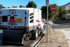 Elgin Develops Plug-In Hybrid Street Sweeper