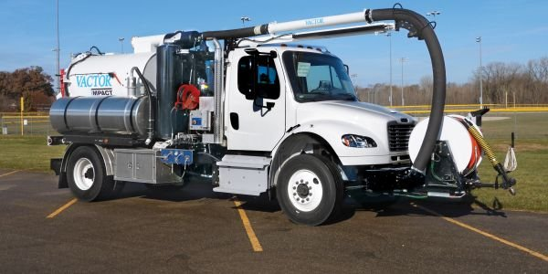 Vactor Impact has a compact design that allows it to easily maneuver through tight spaces.