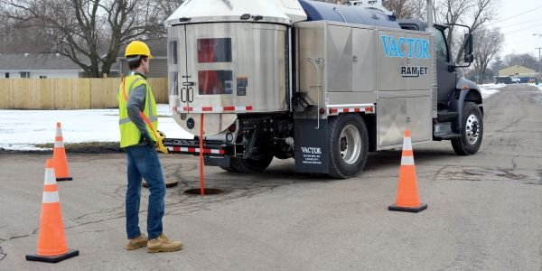 The Vactor Ramjet comes with a standard Jet Rodder water pump that delivers smooth continuous...