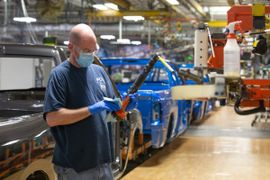 FCA Reopens North American Plants