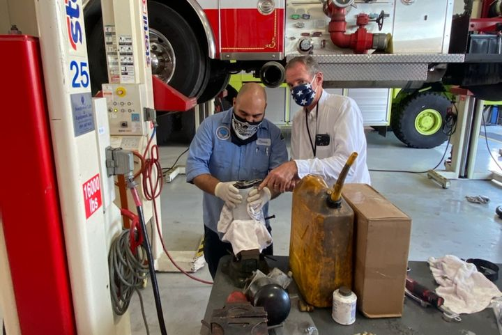 Long Beach technicians and staff members must wearmasks when working together. - Photo: City of Long Beach