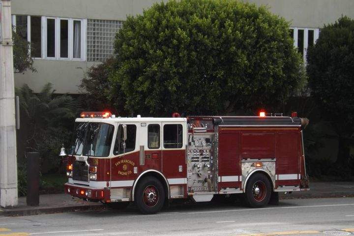 If a fire department is planning to purchase a new fire truck, what should they expect? - Photo: Unsplash/mauro arrue