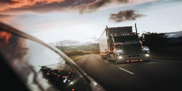 Does Fla. Highway Patrol Use Semi-Trucks for Traffic Stops?