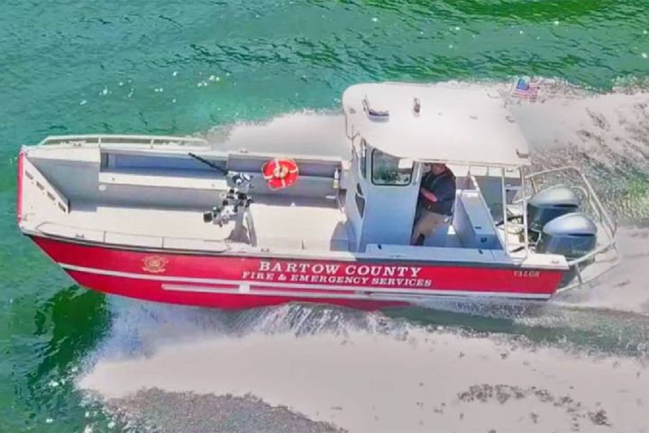 Lake Assault Boats has delivered this custom 26-foot fire and rescue craft to the Bartow County Fire Department located in Northwest Georgia. The vessel is serving on Lake Allatoona, the state's busiest lake, located 30 miles north of Atlanta. - Photo: Lake Assault Boats