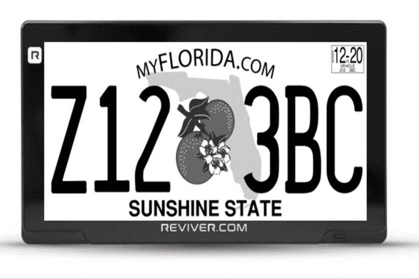 Florida Pilots Digital License Plates