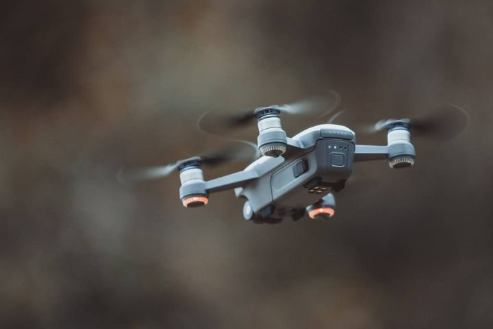 The unmanned aerial vehicles will be used by the Mokena, Illinois Police Department in its efforts to solve crimes and locate missing persons. - Photo: Pexels/Pok Rie