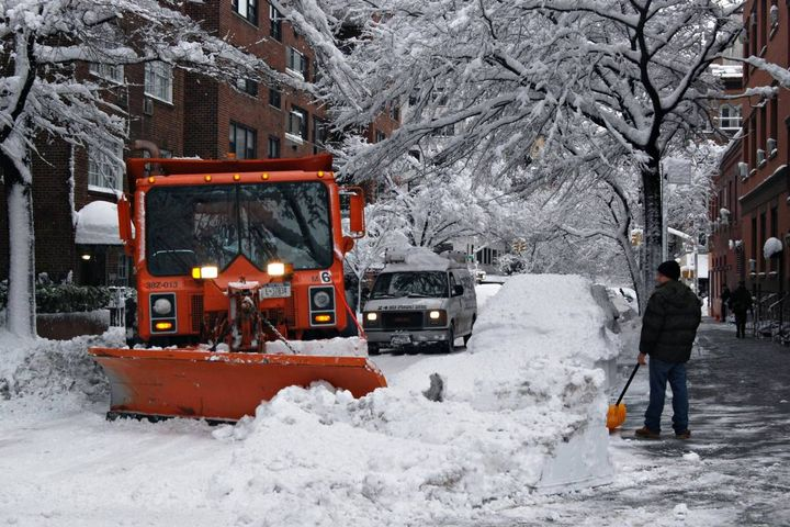 Here's how a variety of government fleets are ensuring roads are safe while non-essential workers are asked to remain inside (New York stock photo). - Photo: marc.cappelletti (CC BY-ND 2.0)