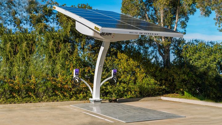 EV ARC charging systems are off-grid, require no construction, electrical work, or disruption to operations, and generate no utility bill. - Photo: Beam