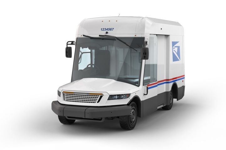 The USPS vehicles from OshKosh will be equipped with either fuel-efficient internal combustion engines  or battery-electric powertrains.  - Photo: USPS