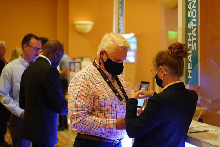 At a previous Bobit Business Media event (CAR Conference), attendees were encouraged to wear masks and use hand sanitizer stations located throughout the event. - Photo: Bobit Business Media