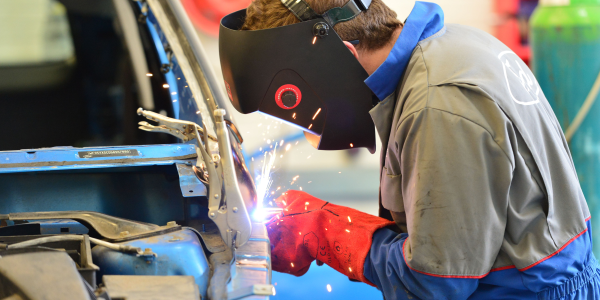 Photo of mechanic via WorldSkills UK/flickr