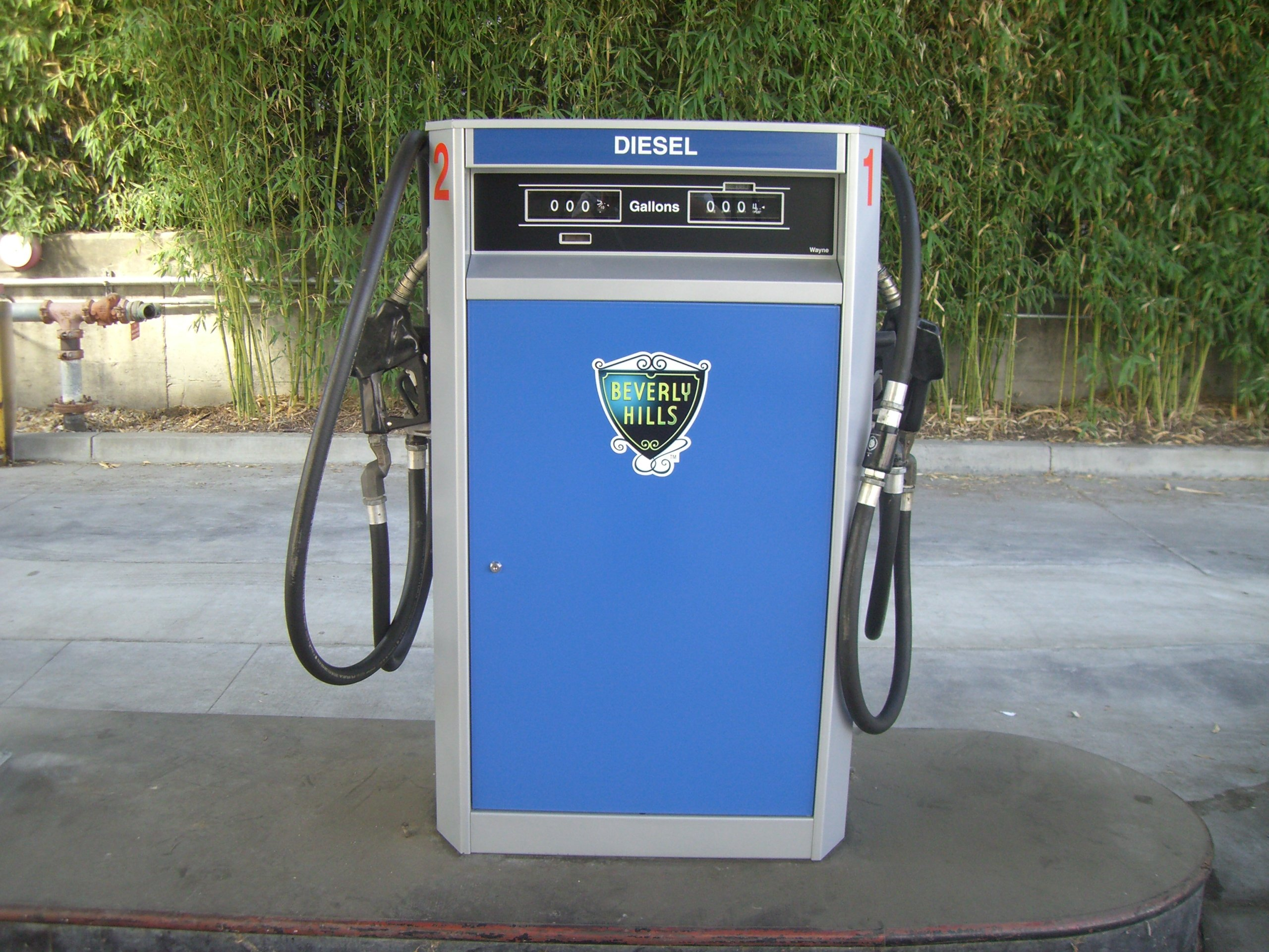 Beverly Hills Adopts Renewable Diesel