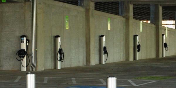 Photo of electric vehicle charging stations via M.O. Stevens/Wikimedia