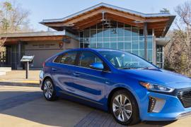 Hyundai Donates Ioniq Hybrids to National Park Service