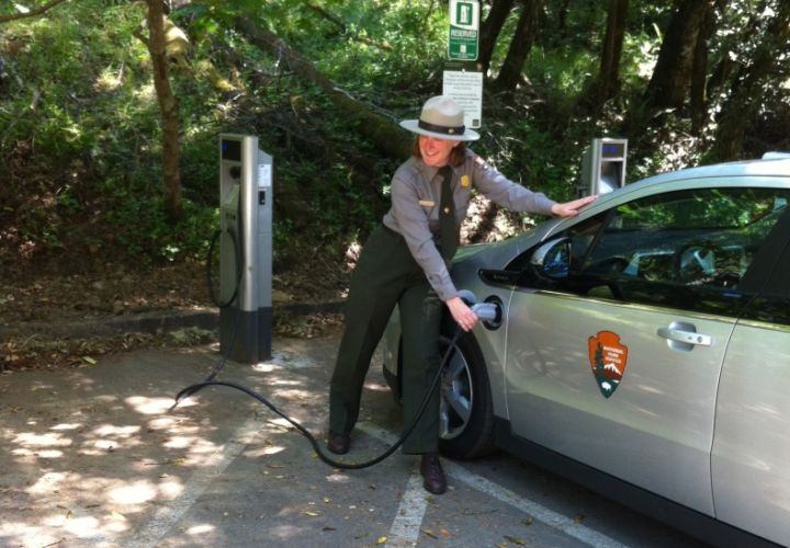 Nine National Parks Get Alt-Fuel Vehicles