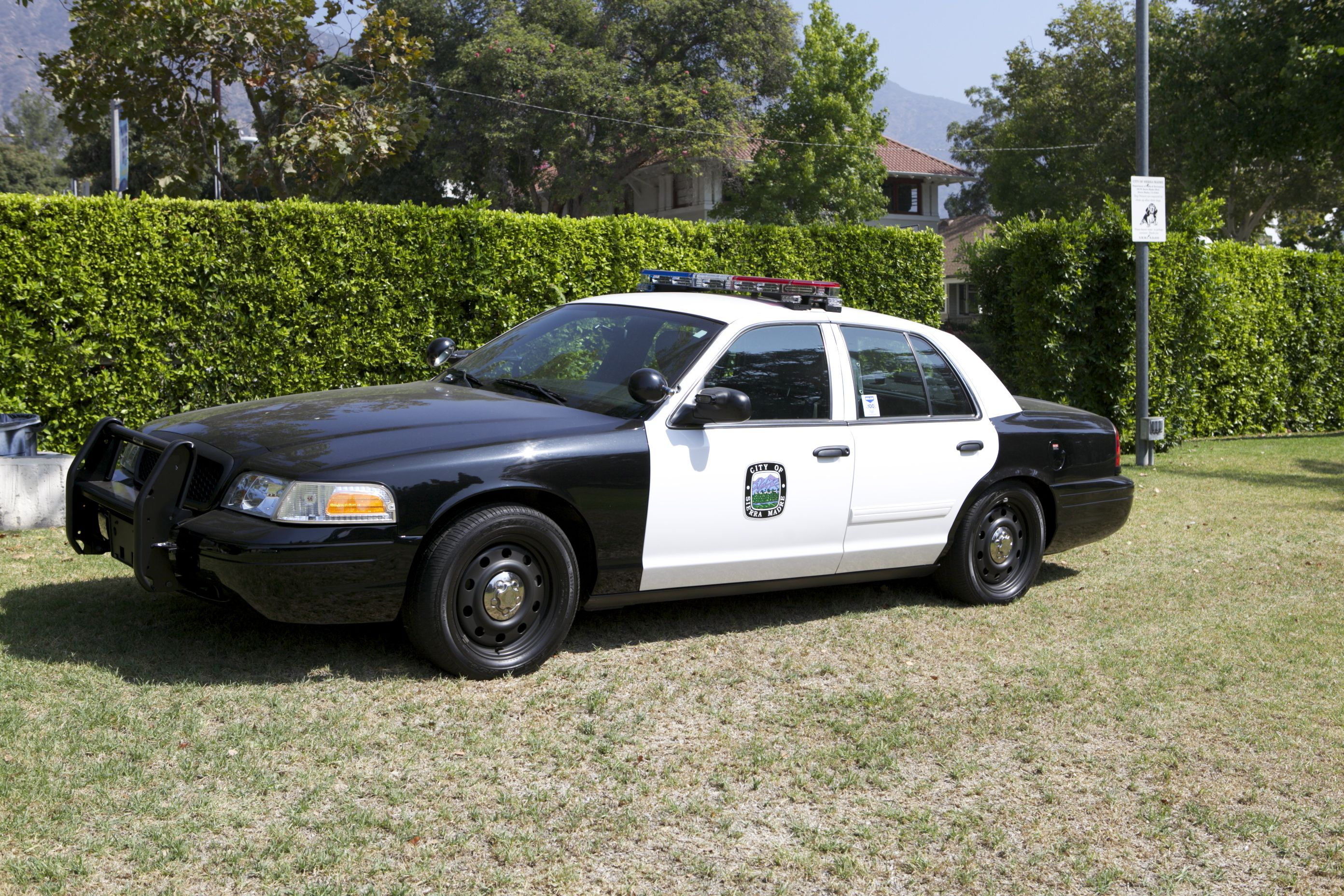 SCAQMD Unveils Natural Gas Police Pursuit Vehicle