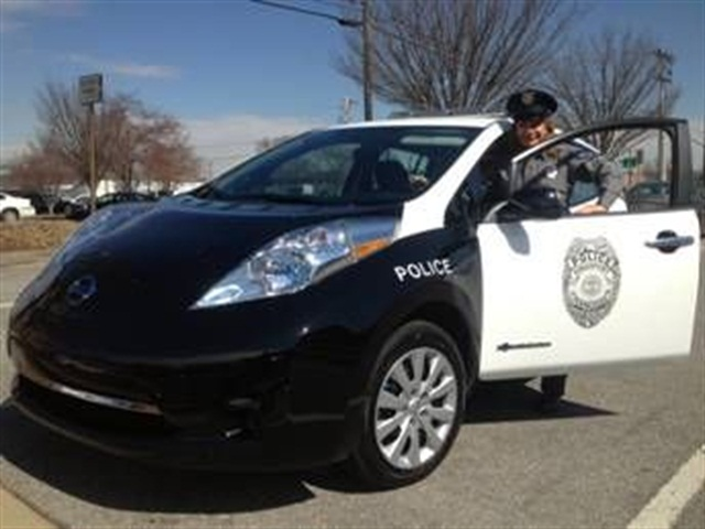 Code Enforcement Officer Melanie Adkins uses the Nissan Leaf. Image courtesy of City of Kingsport.